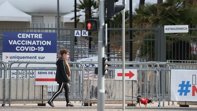 Un centre de vaccination contre le Covid-19 à Nice (Alpes-Maritimes) en avril 2021