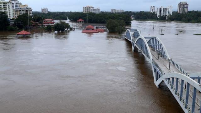 L'État indien du Kerala est touché chaque année par de violentes pluies lors de la mousson, qui causent parfois d'importantes inondations