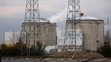 La centrale nucléaire de Fessenheim, près de Colmar. La France assure partager le souhait des Etats-Unis de prévenir le risque du terrorisme nucléaire, objet d'un sommet lundi et mardi à Washington, mais entend également défendre son industrie de l'atome.
