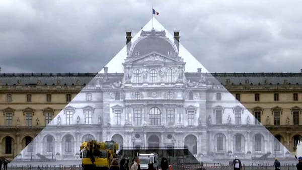 The Louvre pyramid disappears if you put yourself in the right perspective, thanks to JR.