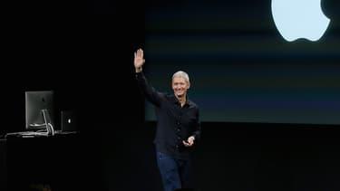 Le successeur de Steve Jobs est loin de gagner un euro par an, comme son prédécesseur.  Mais, il n'est pas pour autant le plus important salaire du groupe californien.