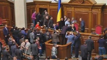 Une bagarre a eu lieu vendredi matin à la Rada, le parlement ukrainien.
