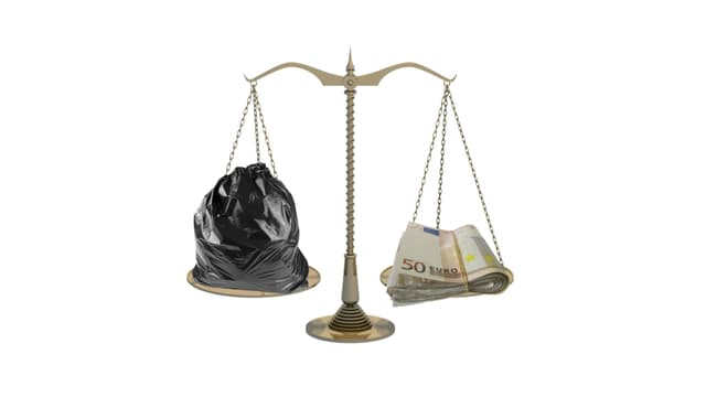 Faire payer les citoyens en fonction du volume ou du poids d'ordures ménagères collectées permettrait de diminuer le volume de déchets générés. (image d'illustration)