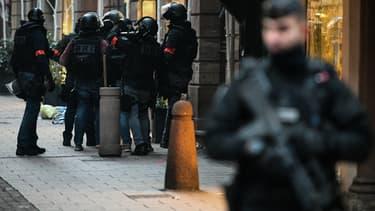 L'assaillant a été blessé lors de son attaque.