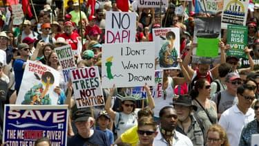 """Des dizaines de milliers d'Américains se sont rassemblés ce samedi à Washington, pour une """"Marche pour le climat""""."""