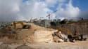 Pelleteuses dans une colonie juive près de Jérusalem. Douze jours après la reprise officielle des négociations israélo-palestiniennes, Benjamin Netanyahu et Mahmoud Abbas se retrouvent ce mardi en Egypte, mais le processus pourrait dérailler si les deux p