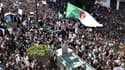 La première manifestation à Alger après l'annonce d'Abdelaziz Bouteflika de ne pas briguer un cinquième mandat.