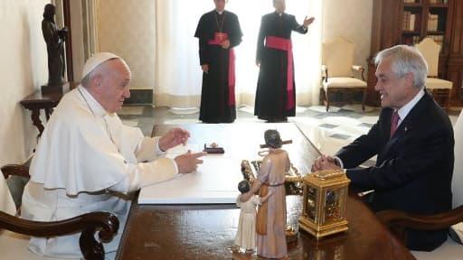 Le Pape François et le président chilien Sebastian Piñera