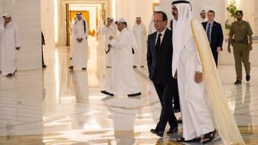 François Hollande à Doha en 2013 avec le cheikh Hamad bin Khalifa al-Thani