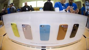 Les ventes d'iPhone se sont repliées sur trois trimestres consécutifs.