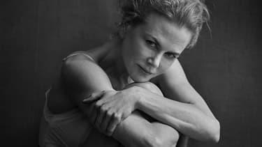 Nicole Kidman a accepté de poser pour le photographe Peter Lindbergh pour le Calendrier Pirelli 2017