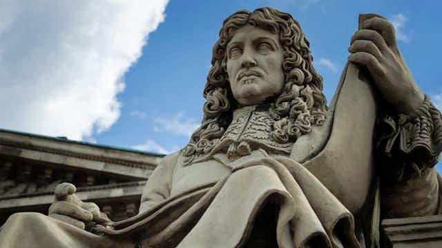Statue de Jean-Baptiste Colbert devant l'Assemblée nationale (image d'illustration)