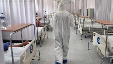 Un soignant dans un service Covid-19, à Mexico, le 22 juin 2020.