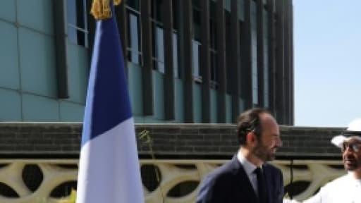 Le Premier ministre français Edouard Philippe rencontre le prince héritier d'Abou Dhabi Mohammed ben Zayed Al-Nahyane