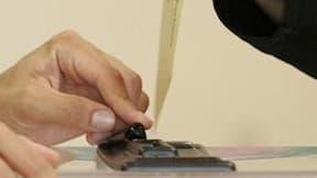 Un différend oppose le Premier ministre François Fillon à la majorité du groupe UMP de l'Assemblée nationale à propos d'une éventuelle réforme du mode de scrutin pour les élections législatives. Le chef du gouvernement est opposé à une proposition d'une p