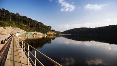 Plusieurs dizaines de barrages sont actuellement en construction au Laos.