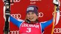 En rouge sur un podium, Tessa Worley peut laisser éclater sa joie