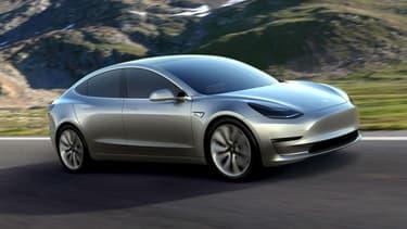 La Tesla Model 3 suscite une forte demande avant même sa mise en production.