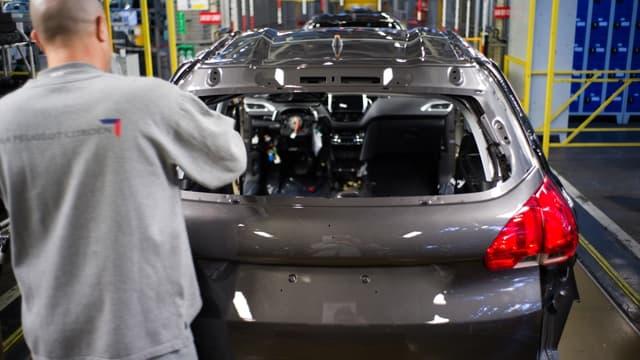 L'usine de Poissy emploi quelque 5.550 salariés.
