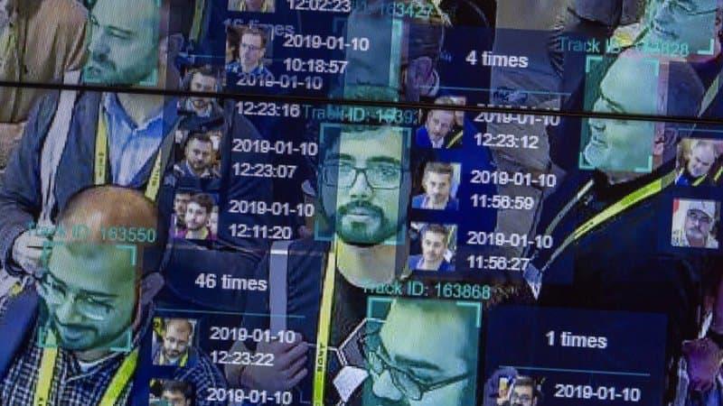 Des députés appellent à accélérer le déploiement de la carte d'identité numérique