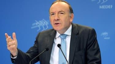 """Pierre Gattaz appelle le gouvernement à """"assumer l'économie de marché""""."""