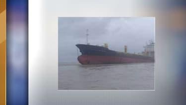Le bateau a été découvert à l'abandon, échoué