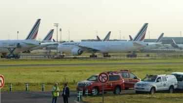 Des avions d'Air France bloqués sur le tarmac le 15 septembre 2014, par un mouvement de grève des pilotes de la compagnie.