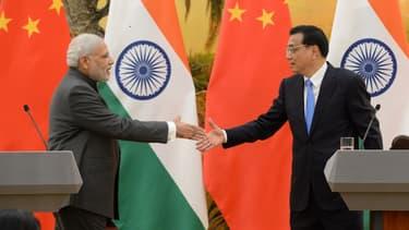 Le Premier ministre indien Narendra Modi et son homologue chinois Li Keqiang