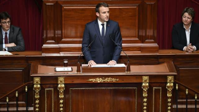 Emmanuel Macron s'exprime devant les parlementaires français, le 3 juillet 2017 à Versailles -