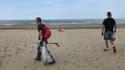Ce samedi, pour le World Cleanup day, la ville de Calais a organisé un grand nettoyage de la plage. En moyenne, deux tonnes de déchets sont ramassés chaque année dans la commune grâce à cette opération.