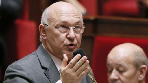 Michel Sapin veut poursuivre les réformes pour redresser la compétitivité française.