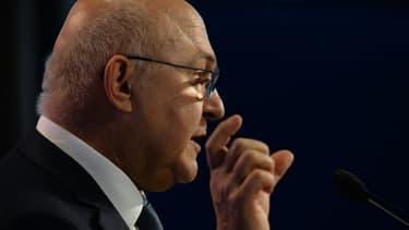 Michel Sapin a dénoncé la décision de l'Eurogroupe concernant la dette grecque.