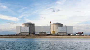 La centrale nucléaire de Fessenheim doit cesser de produire de l'électricité en 2020, avec l'arrêt du premier réacteur en février et du second fin juin.