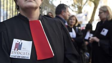 Les barreaux de Laval, Annecy ou encore Rouen, ont voté une grève totale et illimitée.