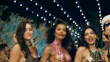 """Bruno Mars dans le clip de """"24k Magic""""."""