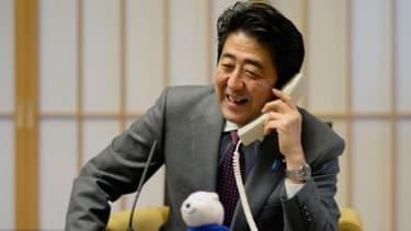 Shinzo Abe avait mis la pression sur les grands groupes japonais pour qu'ils octroient des hausses de salaires.