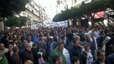 En Algérie, une marée humaine contre le pouvoir en place
