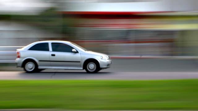 50% des automobilistes reconnaissent rouler à 65 km/h en ville, au lieu des 50 autorisés