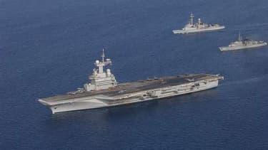 Le porte-avions français Charles-de-Gaulle.