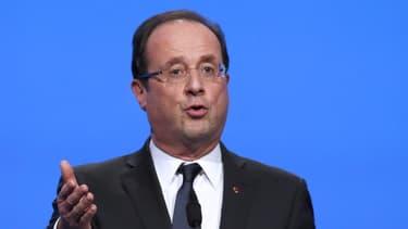 François Hollande a maintenu sa volonté d'inverser la courbe du chômage en 2013, mardi 26 mars.