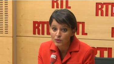 La ministre de l'Education a exprimé son regret et déploré le manque de loyauté d'Emmanuel Macron sur RTL