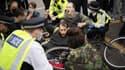 Evacuation de militants d'Extinction Rebellion à Londres le 30 août 2021