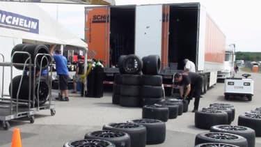 Pour Michelin, revenir en F1 constituerait une vitrine technologique.