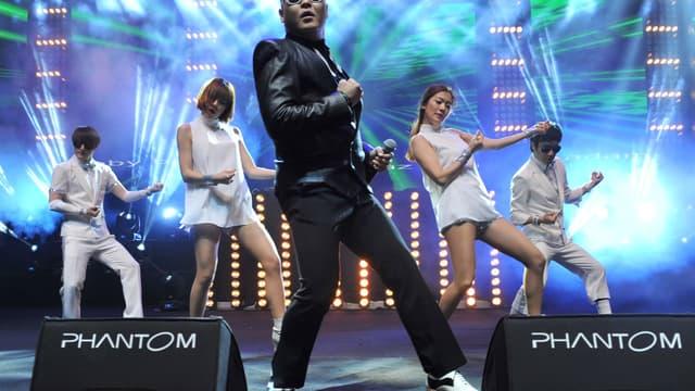 LVMH serait prêt à investir 70 millions d'euros dans le chanteur Psy.