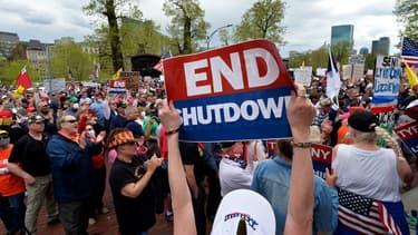 Manifestation pour réclamer la levée des mesures de confinement à Boston, aux Etats-Unis, le 4 mai 2020 (illustration)