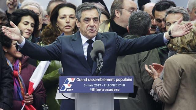 François Fillon lors du rassemblement au Trocadéro, le 5 mars 2017.
