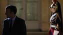 Le président de la République dans la cour de l'Elysée le 31 octobre 2017 à Paris.