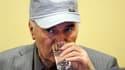 Le criminel de guerre présumé Ratko Mladic est apparu vendredi devant le tribunal de la Haye. Il comparaissait pour la première fois devant le Tribunal pénal international pour l'ex-Yougoslavie, une semaine après son arrestation en Serbie et 16 ans après