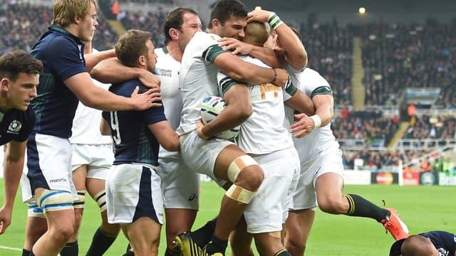 la joie des Sud-Africains après l'essai de JP Pietersen
