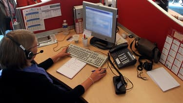 SOS Amitié souhaite ouvrir un huitième centre d'appels en région parisienne en septembre 2015.